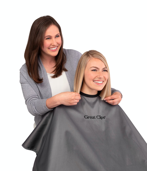 women's haircut