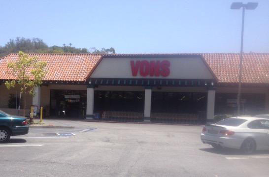 Vons Store Front Picture at 1160 Via Verde Ave in San Dimas CA