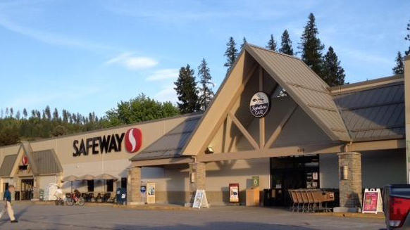 Safeway Store Front Picture at 6519 S Main St in Bonners Ferry ID