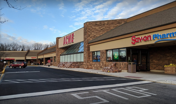 Acme Markets store front picture at 128 Lantana Dr in Hockessin De