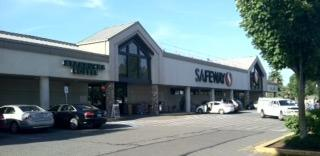 Safeway Store Front Picture at 6850 NE Bothell Way in Kenmore WA