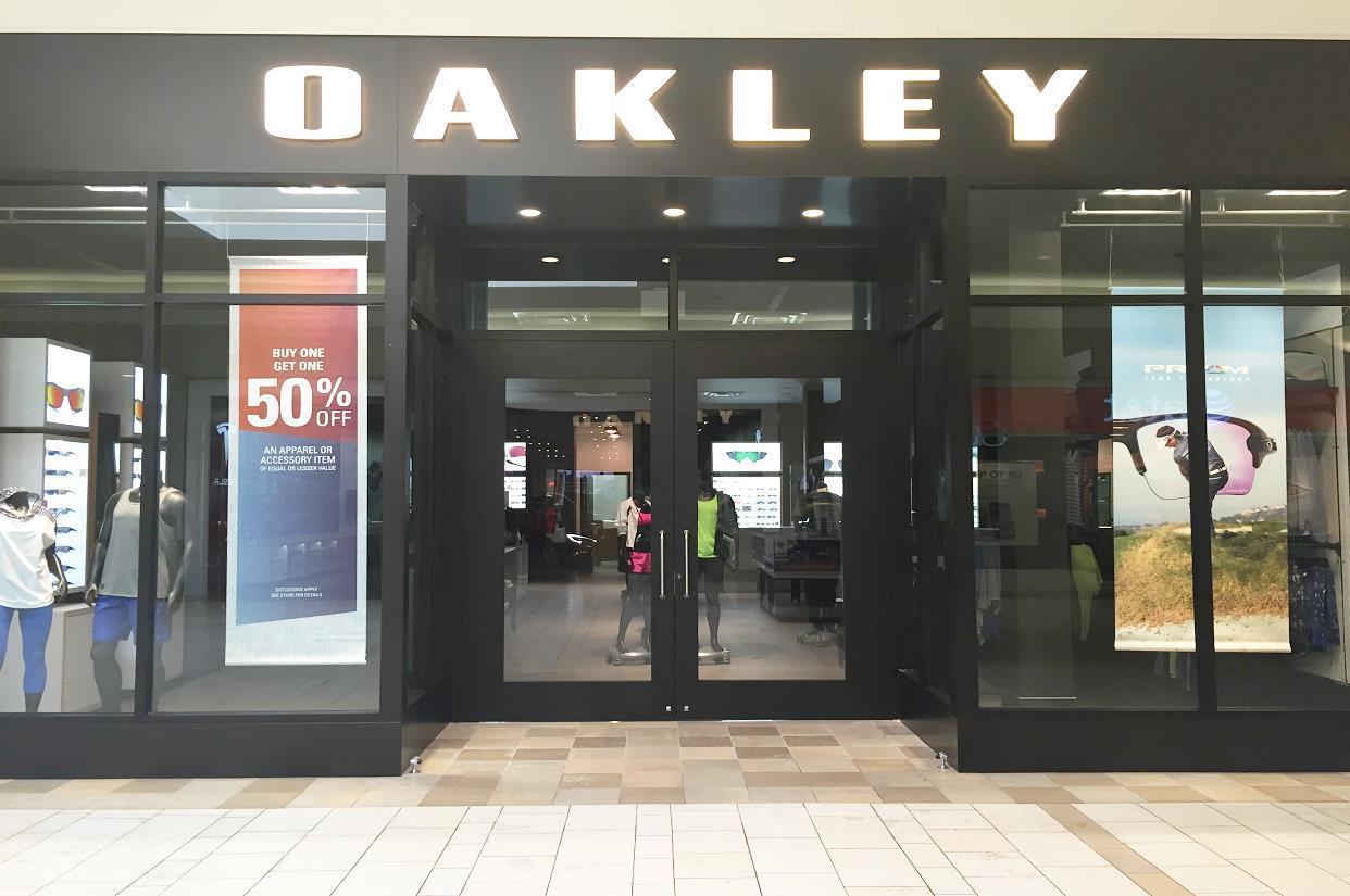 0f0451fa8dd Oakley Store in 6000 Glades Rd Boca Raton