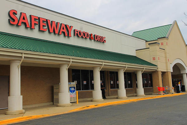 Safeway Store Front Picture at 2500 N Harrison in Arlington VA