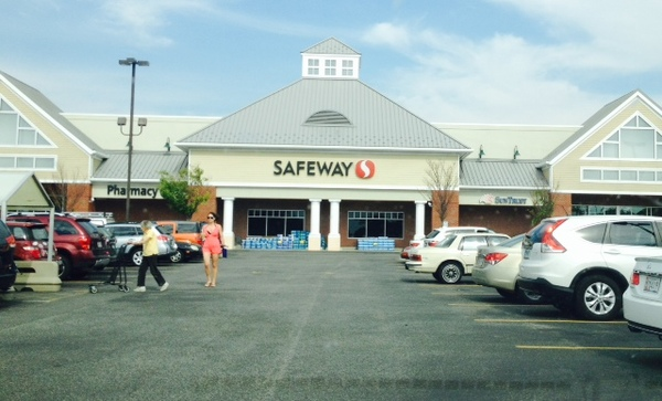 Safeway Main St Store Photo