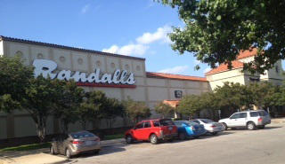Randalls Research Blvd Store Photo