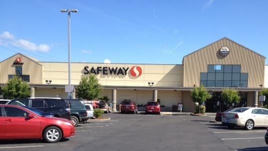 Safeway Store Front Picture at 210 Washington Ave in Kent WA