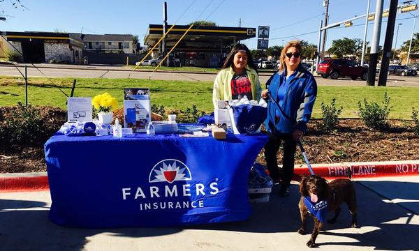 Linda Duarte with Jasmine and Dixie at TX health Grand Opening promoting Farmers® Insurance