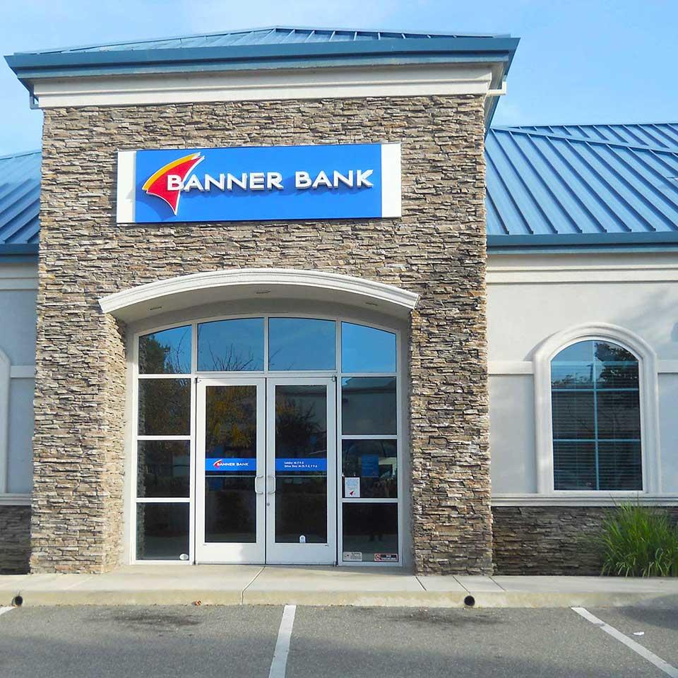 Banner Bank branch in Redding, California