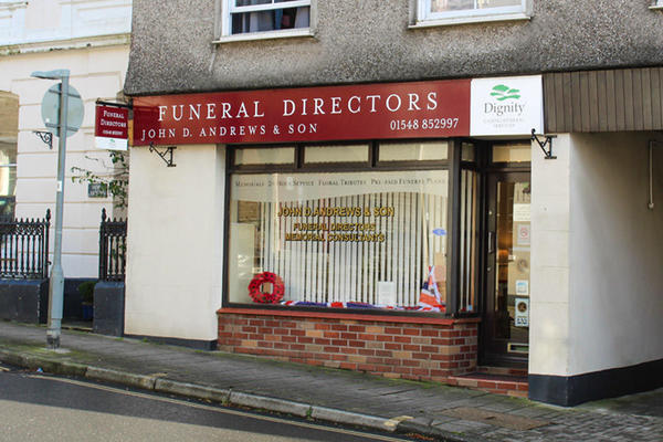 J D Andrews & Son inc. Savill Funeral Directors in Kingsbridge