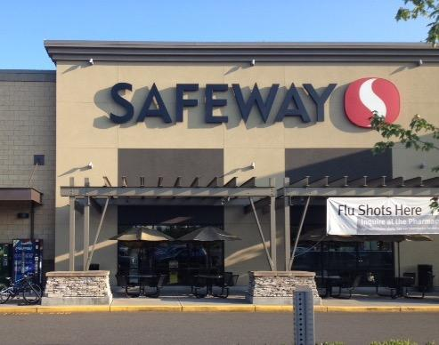 Safeway Store Front Picture at 5616 176th St in Puyallup WA