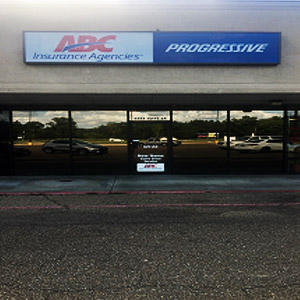 Front of Direct Auto store at 5585 I 49 South Service Road, Opelousas