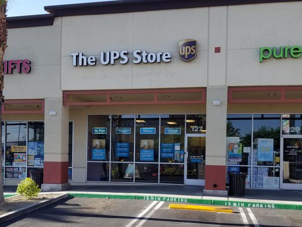 Storefront of The UPS Store in Las Vegas, NV