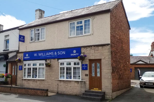 W. Williams & Son Funeral Directors in Little Sutton, Ellesmere Port, Cheshire.