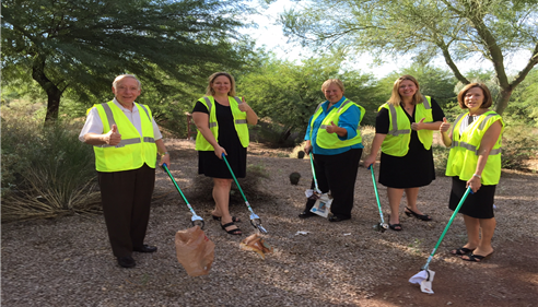 Farmers® Insurance + Picking up Trash = Awesome Agency!! Phoenix, AZ