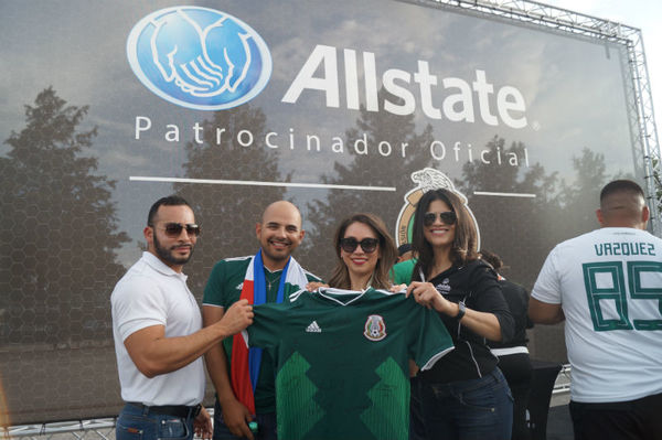 Lisa Monita - Fútbol Fiesta with the Mexican National Team