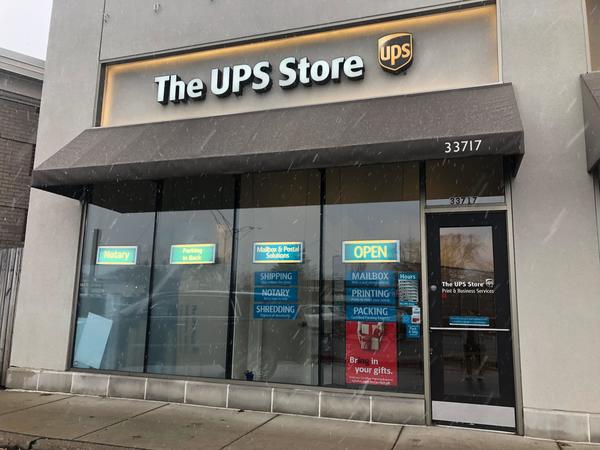 Facade of The UPS Store Birmingham