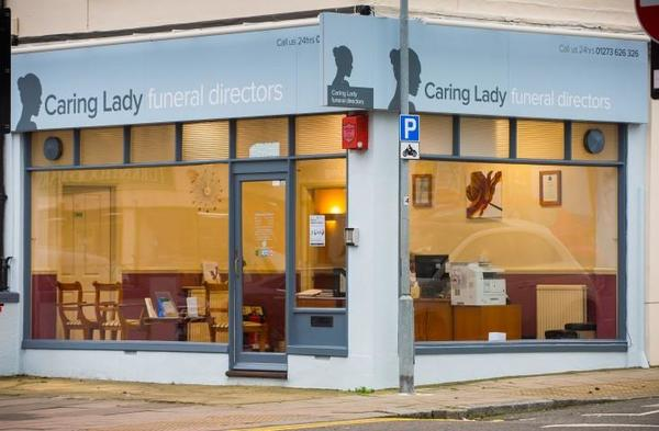 Carling Lady Funeral Director Brighton