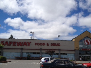 Safeway Store Front Picture at 4011 S 164th in Seattle WA
