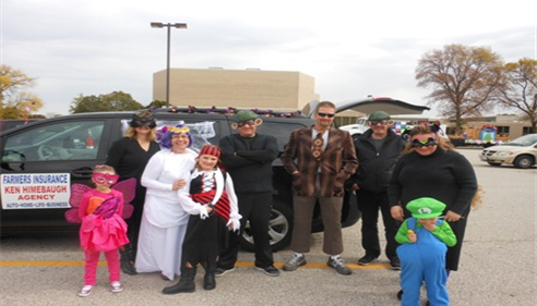 Meet our staff @ the Moline, IL Parade. Farmers® Insurance 10/20/2013