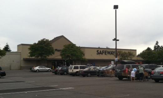 Safeway Store Front Picture at 1207 S 320th St in Federal Way WA