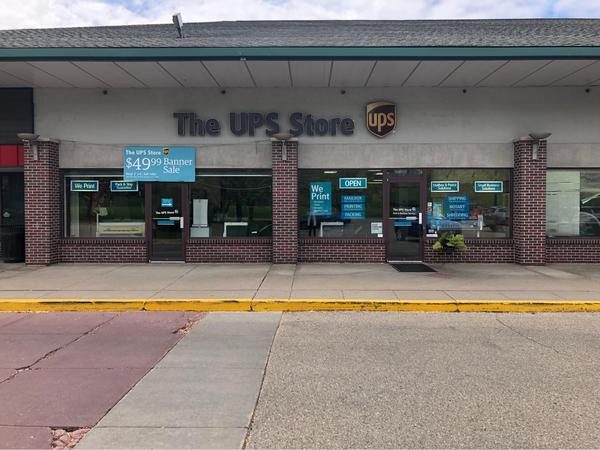 Facade of The UPS Store Fitchburg