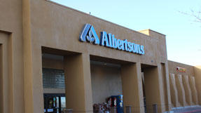 Albertsons Market S St. Francis Dr Store Photo