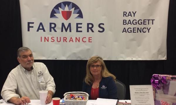 Ray and Valerie at the Saline County Business Expo