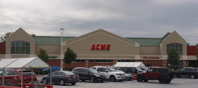 Acme Markets store front picture of store at 3590 W Chester Pike in Newtown Square PA