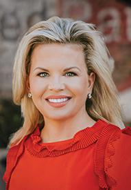 Suzanne Neblett Loan officer headshot