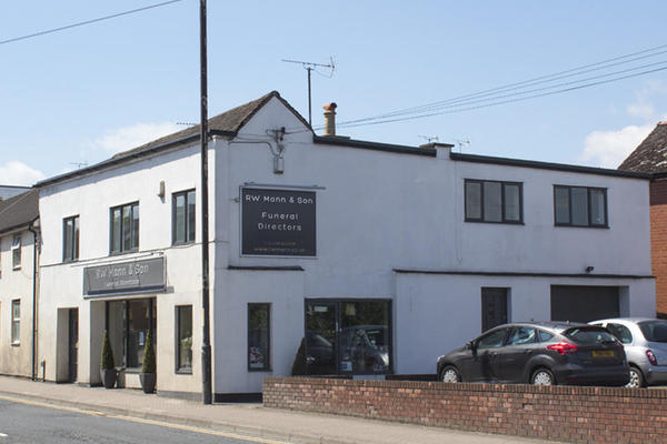 R W Mann & Son Funeral Directors in Leominster, Hertfordshire.