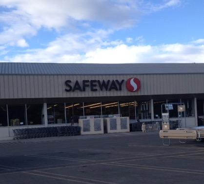 Safeway North St Store Photo