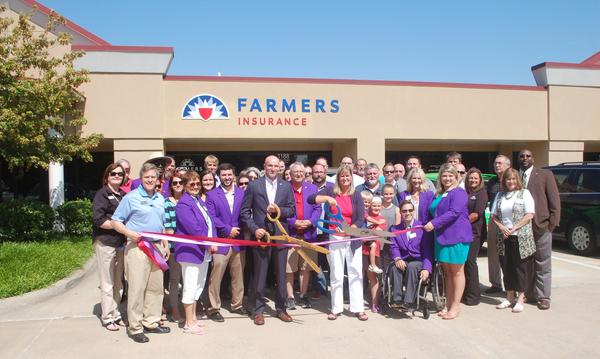 Fayetteville and Rogers-Lowell Chambers of Commerce ribbon cutting ceremony. May 2016