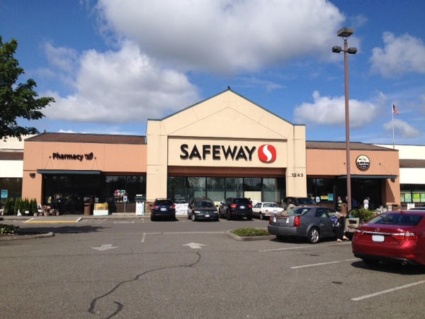Safeway Marvin Rd NE Store Photo
