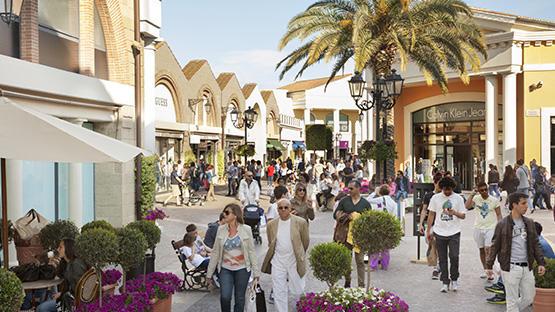 Castel Romano Designer Outlet at Castel Romano, Italy | Designer ...