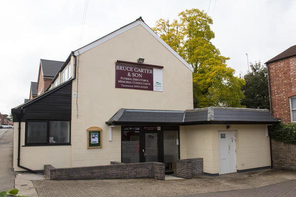 Bruce Carter & Son Funeral Directors in Wellingborough