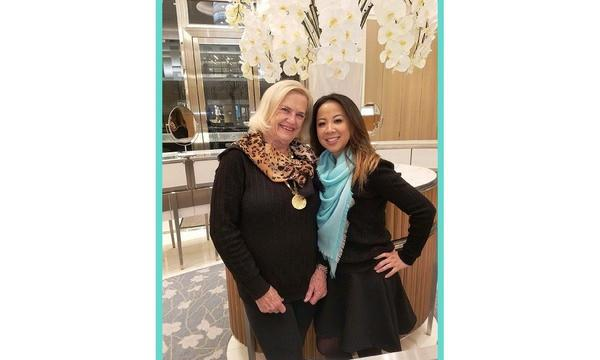 Agent Valerie with new client Quyen