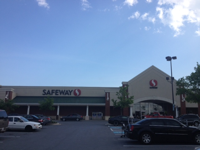 Safeway Store Front Picture at 7643 Arundel Mills Blvd in Hanover MD