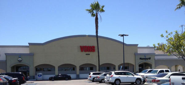 Vons Store Front Picture at 2250 Otay Lakes Rd in Chula Vista CA