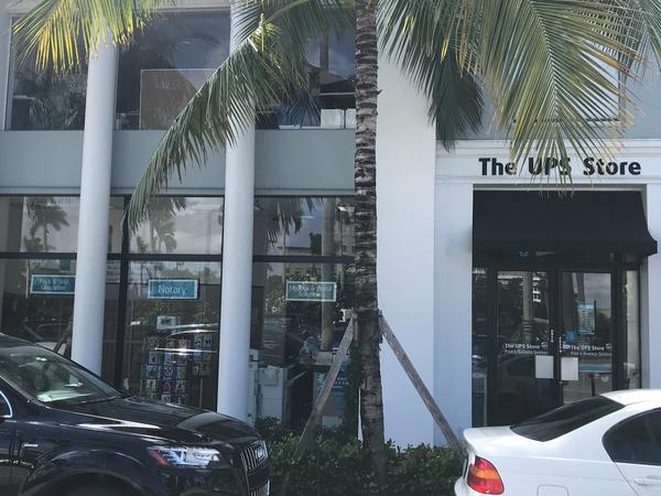 Facade of The UPS Store Palm Beach