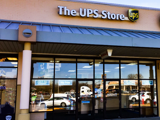 Facade of The UPS Store Parlin