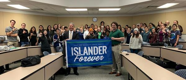 Ed Cantu was guest speaker at Texas A&M University-Corpus Christi 1-24-19.