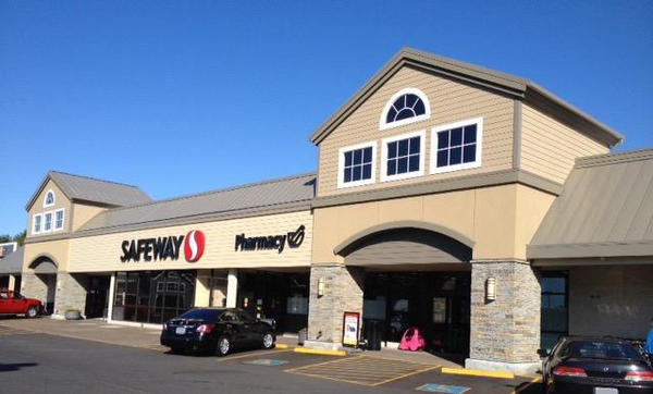 Safeway store front picture of 2220 N Coast Highway in Newport OR
