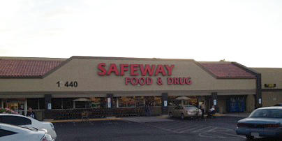 Safeway Store Front Picture at 13440 N 7th St in Phoenix AZ