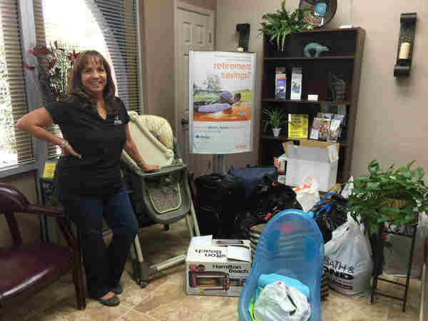Diana Chanez - La Casa Receives Allstate Foundation Helping Hands Grant