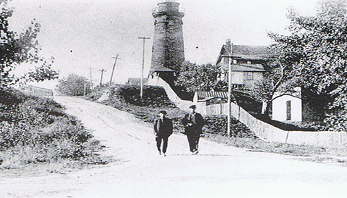 Fairport Lighthouse hill going up from the beach 1800's