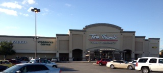 Tom Thumb Store Front Picture at 2611 W Park Row Dr in Arlington TX