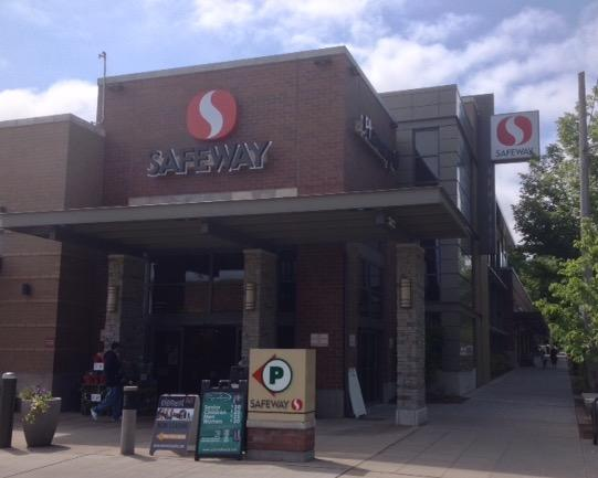 Safeway Store Front Picture at 2622 California Ave in Seattle WA