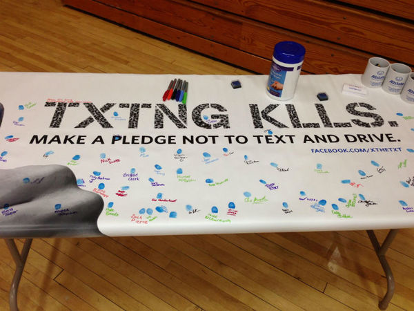 Robert Gallego - Students at Hamilton High Take X the TXT® Pledge