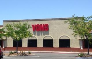 Vons Store Front Picture at 29530 Rancho California Rd in Temecula