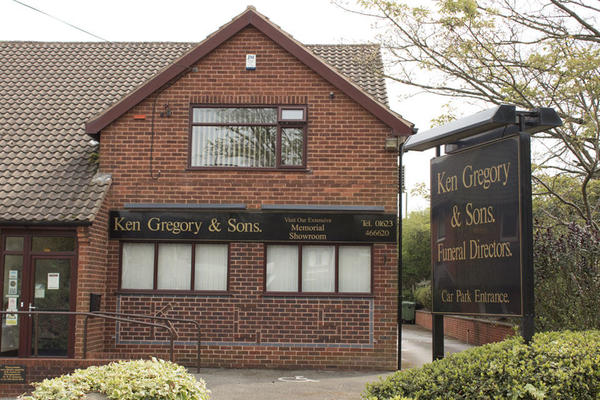 Ken Gregory & Sons Funeral Directors in Berry Hill, Mansfield